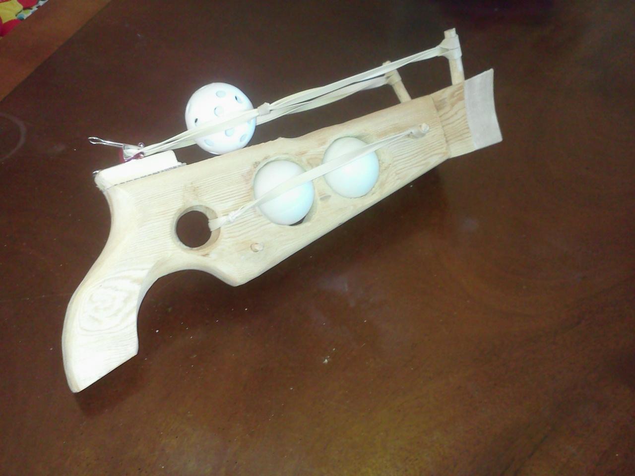 Ping Pong ball gun from a pallet