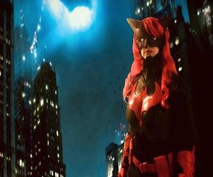 """如何制作一个DC:""""Batwoman""""服装"""