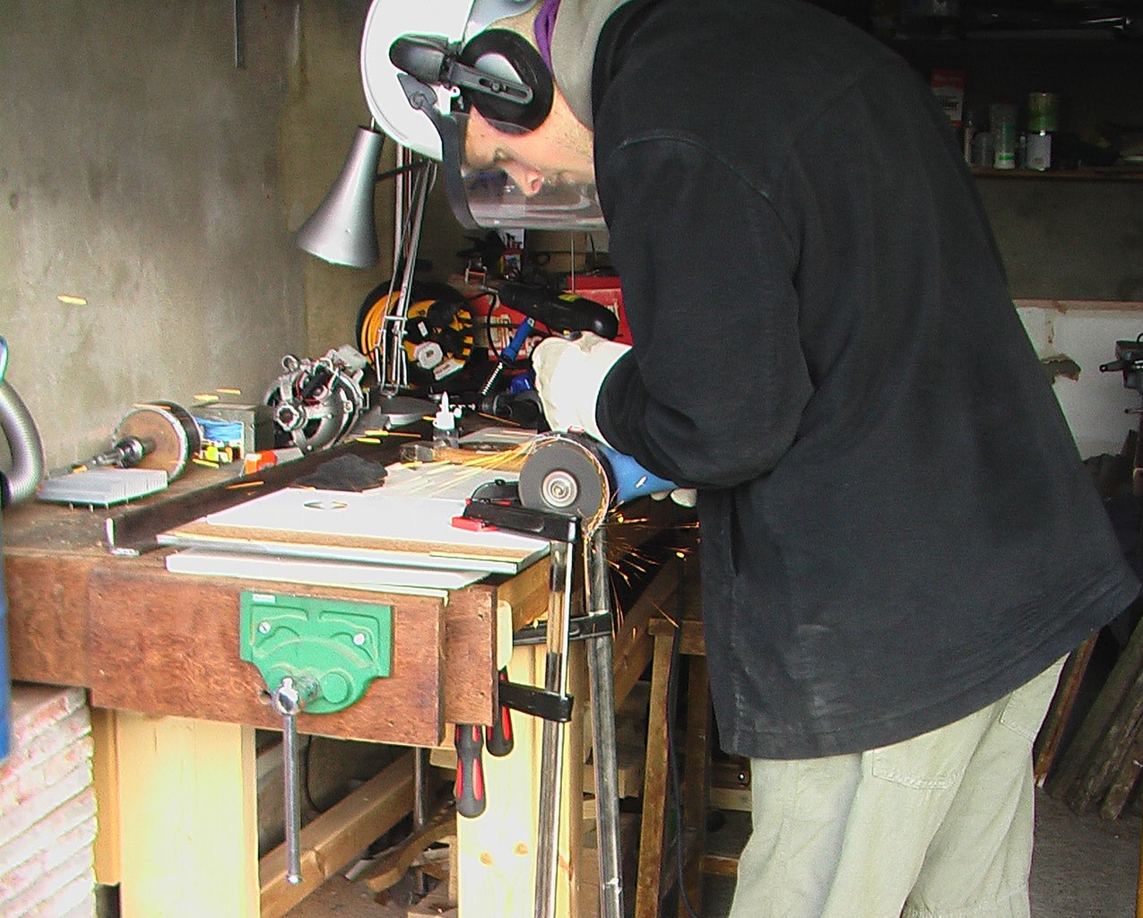 Attaching the Headstock to the Bed