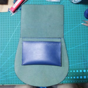 Sew Inner Pouch on Back Piece's Flesh Side According to the Orienting Line.
