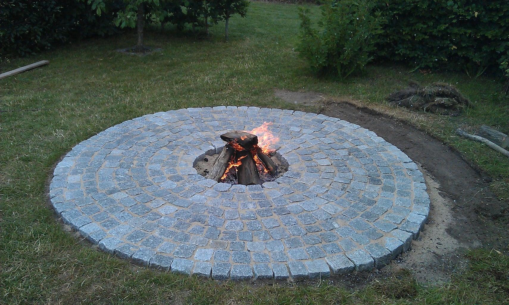 Tadaaa....; Fireplace!