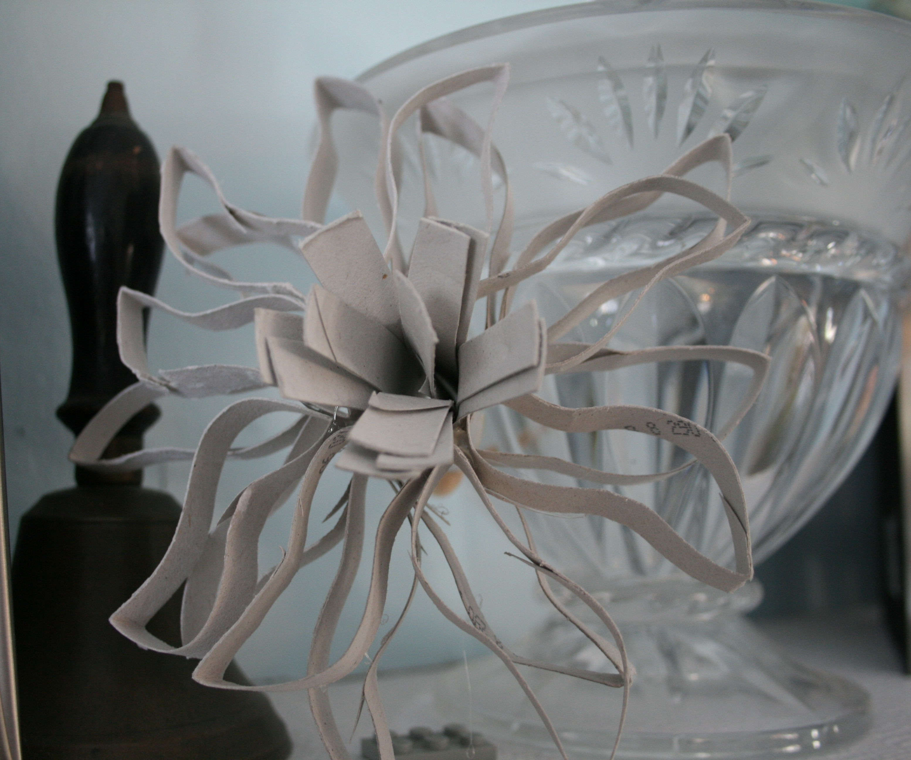 Decorative Cardboard Tube Flower