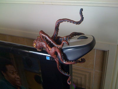 Octopus Mouse Holder