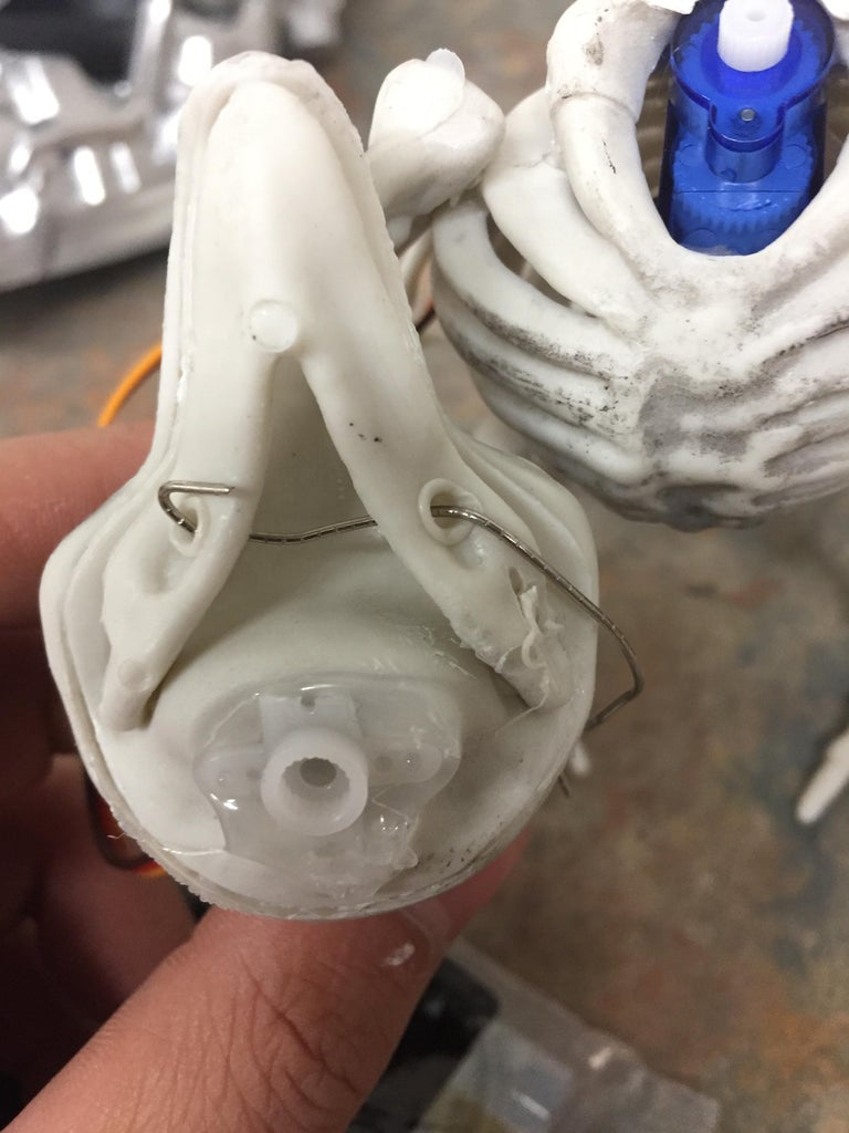 Creating the Movable Head