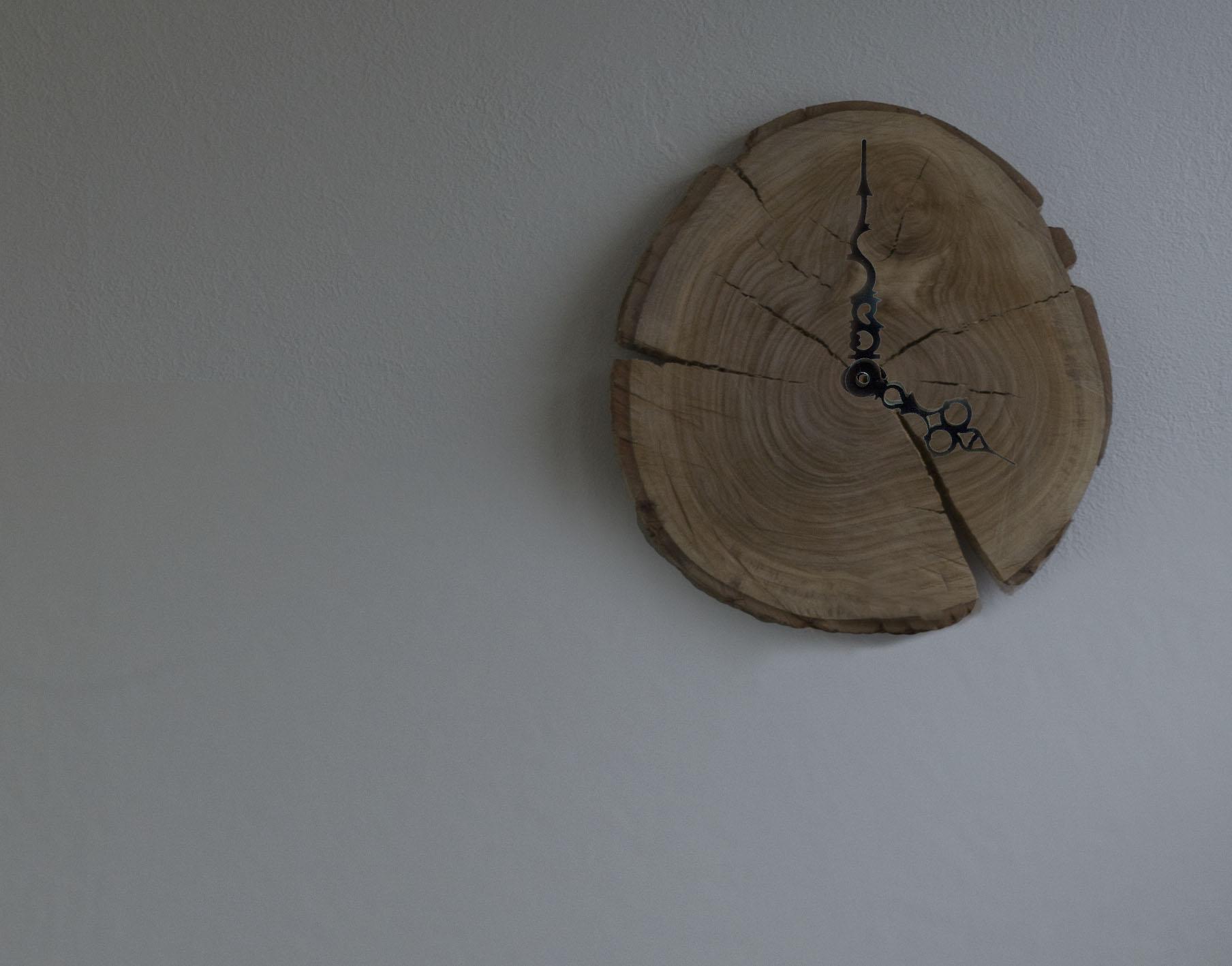 Wooden Stump Wall Clock