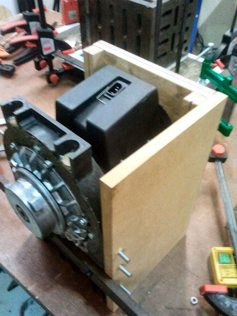 Motor Housing: Rigidity and Damping