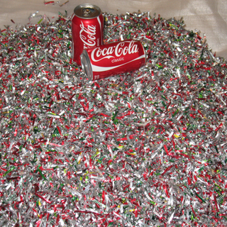 800px-Shredded_aluminium_cans.png