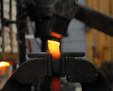 Beveling the End of the Shank (forming a Weld-scarf)