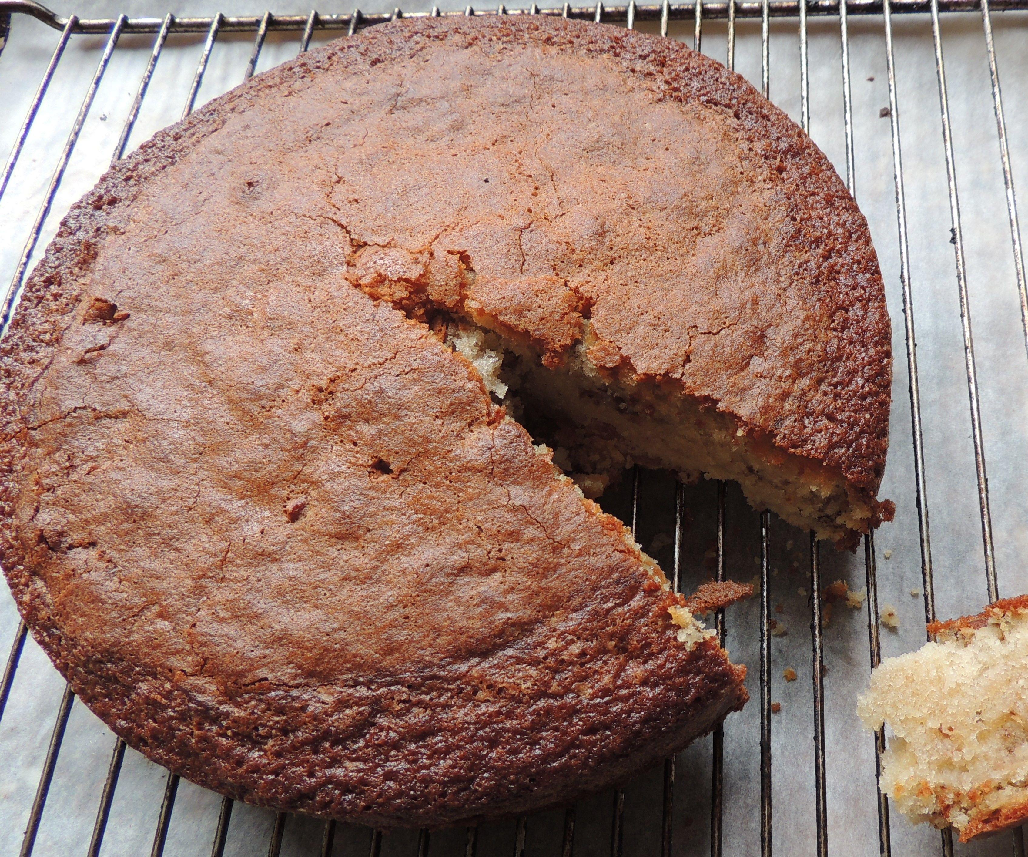 Pecan-apricot Cake