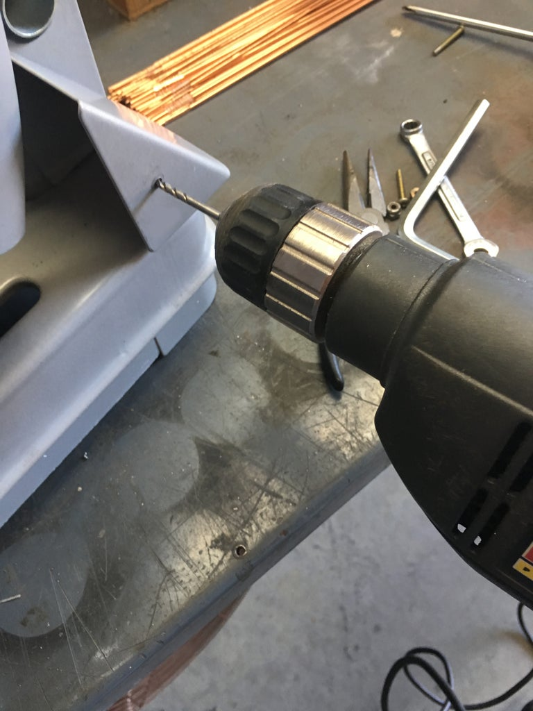 Mounting the Tool Holder on the Chop Saw