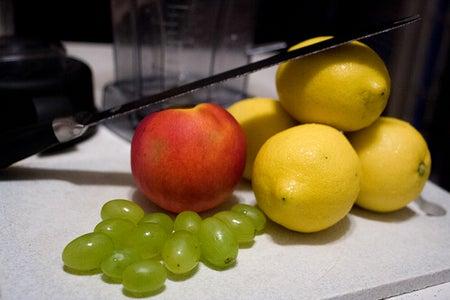 Delicious Peach-Lemonade