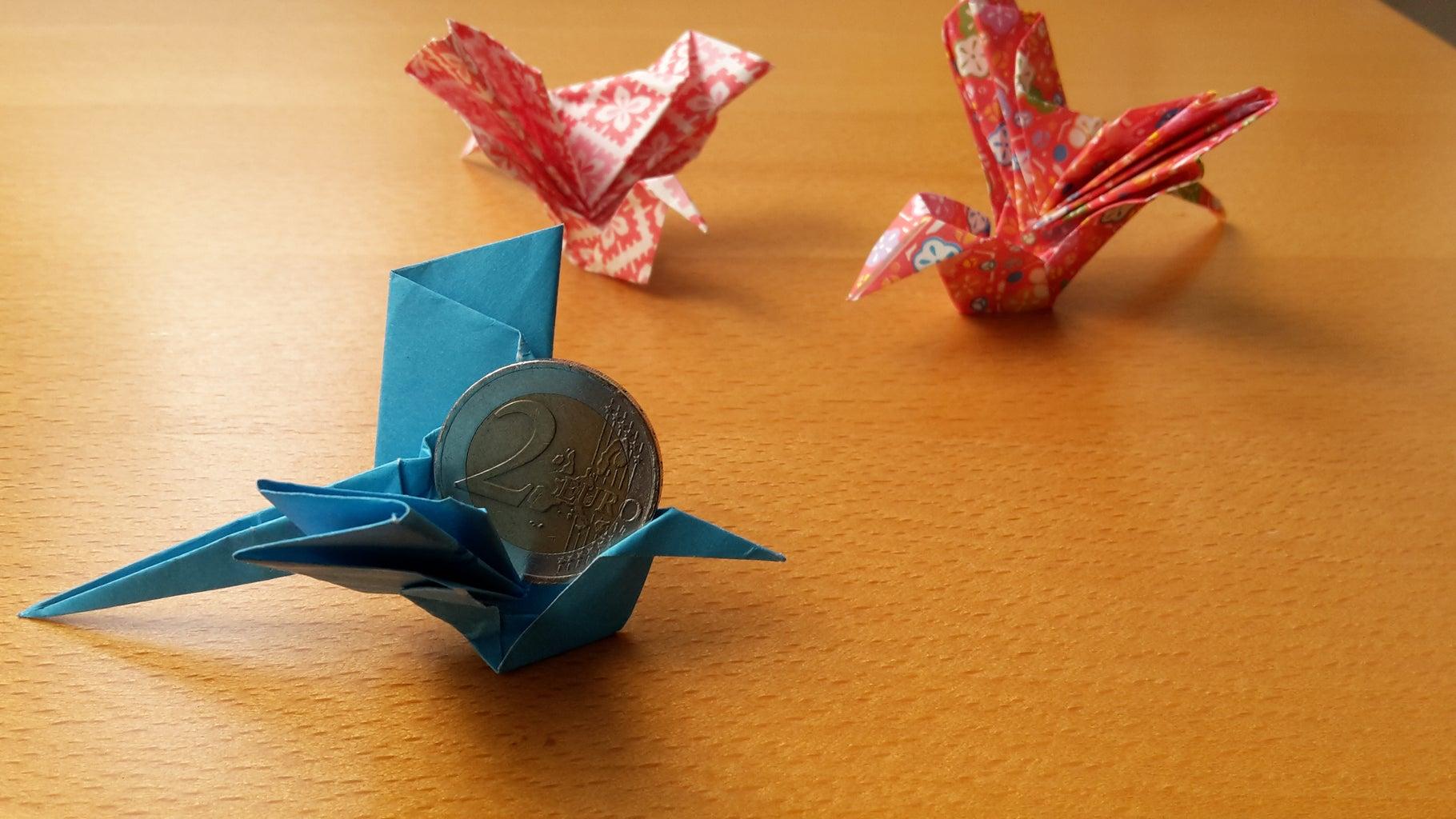 Happy BIRDSday! a Moving Message-hiding Origami-bird Greeting Card