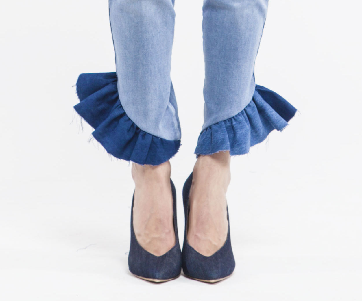 DIY1704 - RUFFLE-UP YOUR JEANS
