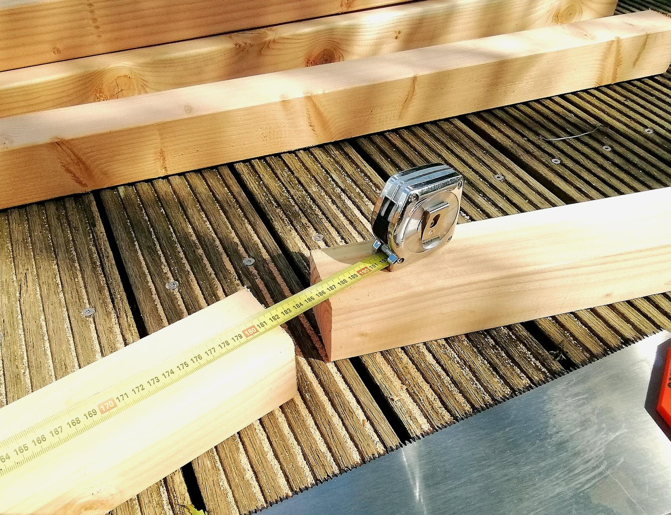 Cut the Wood for the Rails to the Desired Size