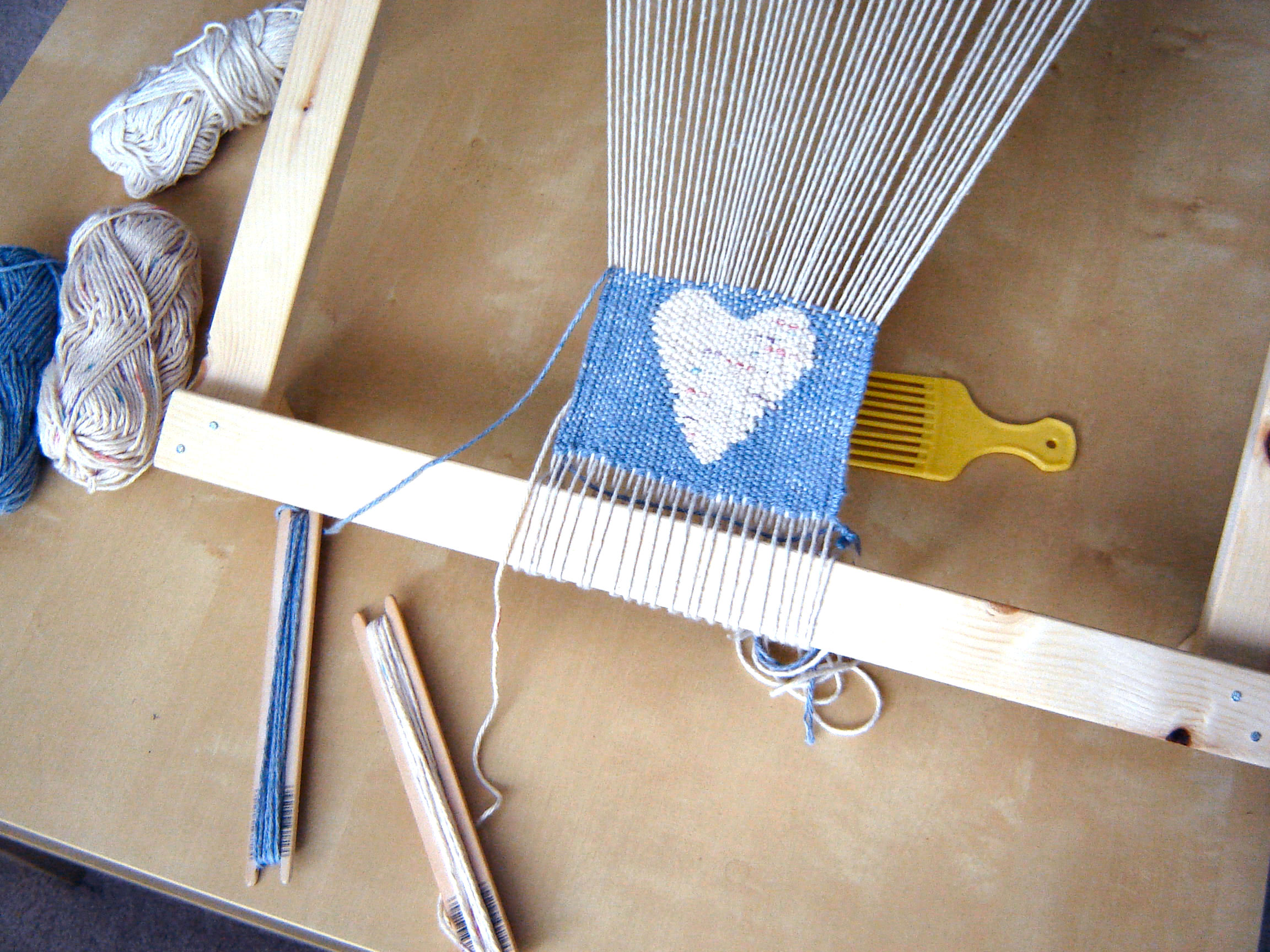 Make a Frame Loom for Weaving