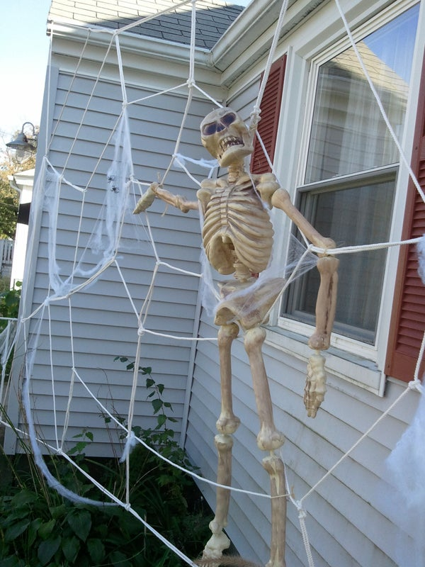 Giant Spiderweb House Decoration for Halloween!