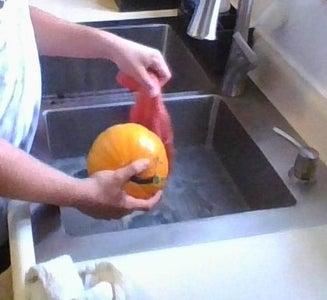 Wash the Pumpkin