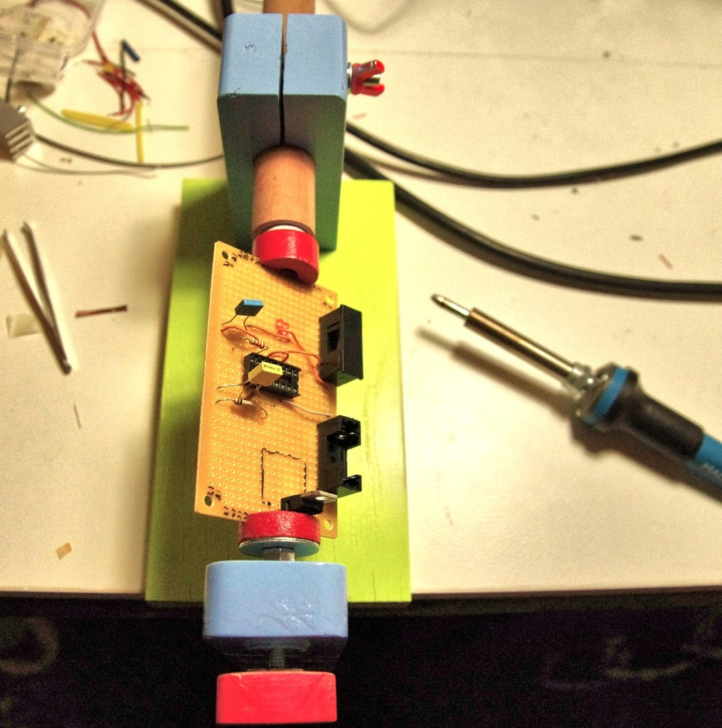 Sturdy Circuit Board Holder