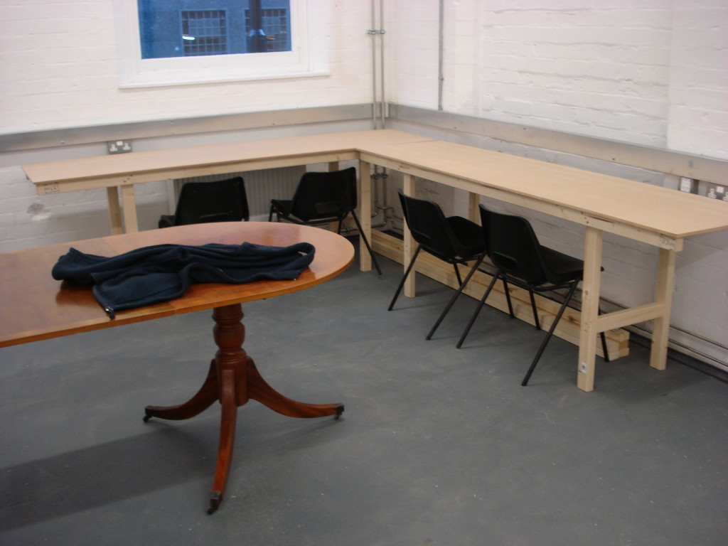 How to make cheap wood workbenches UK Style