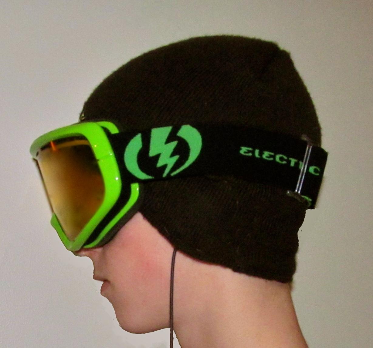 Snowsports Headphone Hat