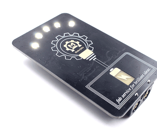 Badgelife: LED Lamp for Brilliant Ideas