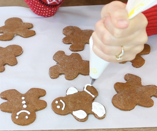 How to Make Royal Icing With Egg Whites