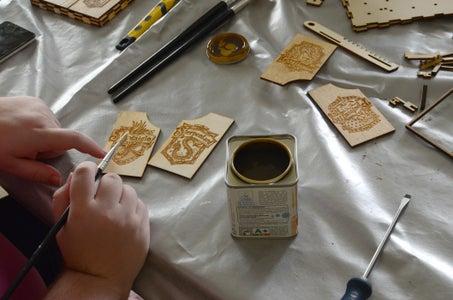 Glueing the Illustration