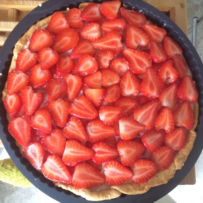 Strawberry Mascarpone Pie
