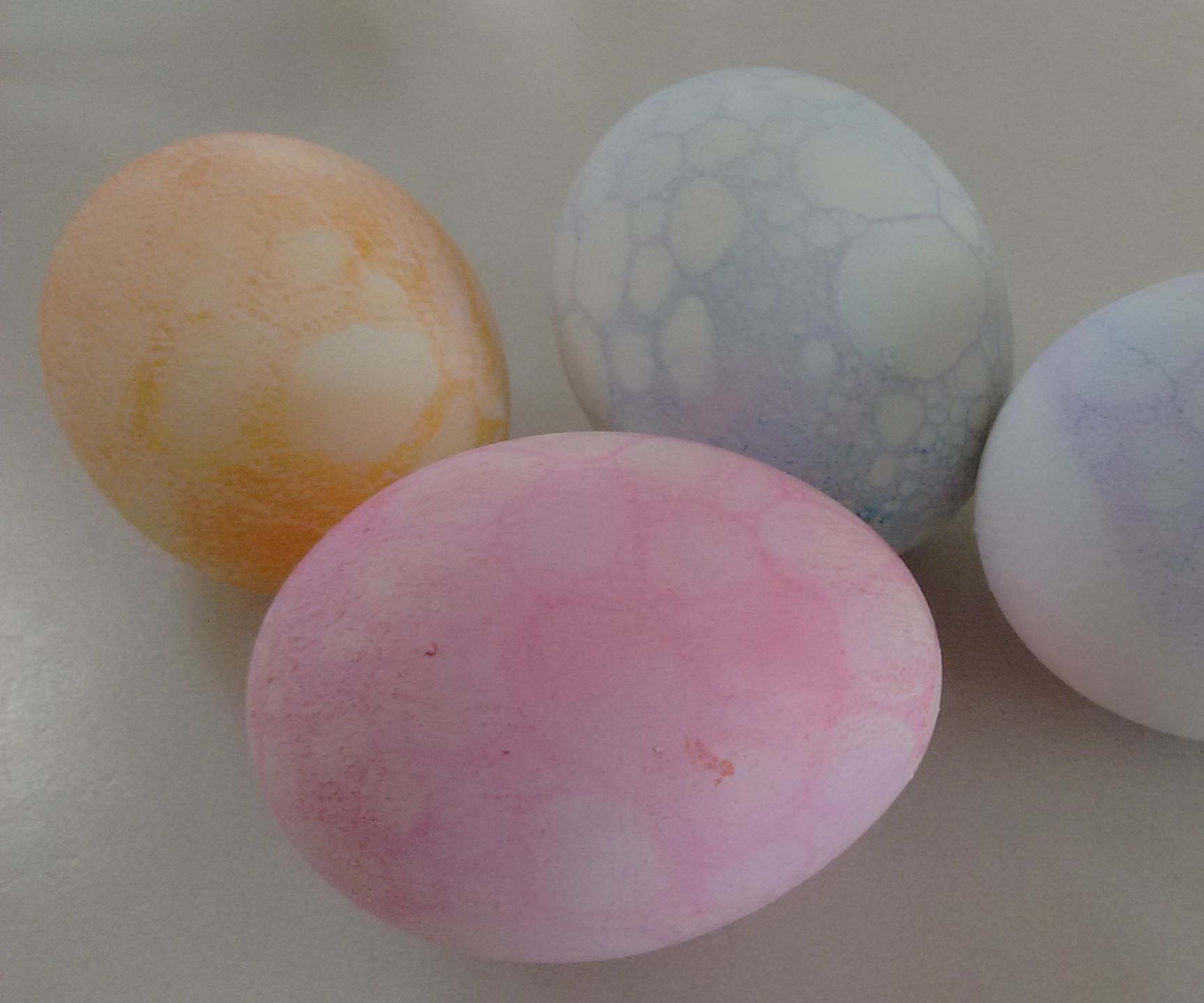 Bubble Pattern Easter Egg