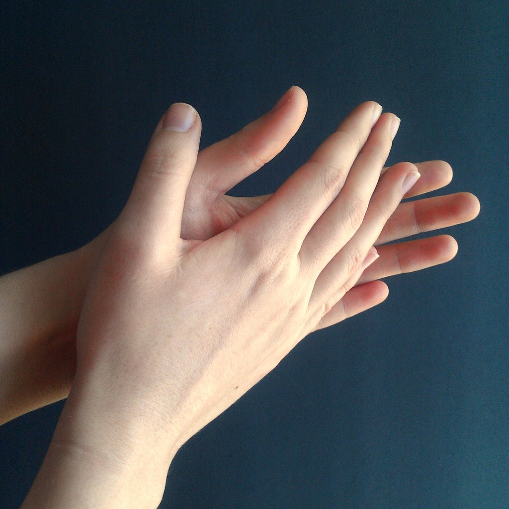 How to Play the Clapping Game