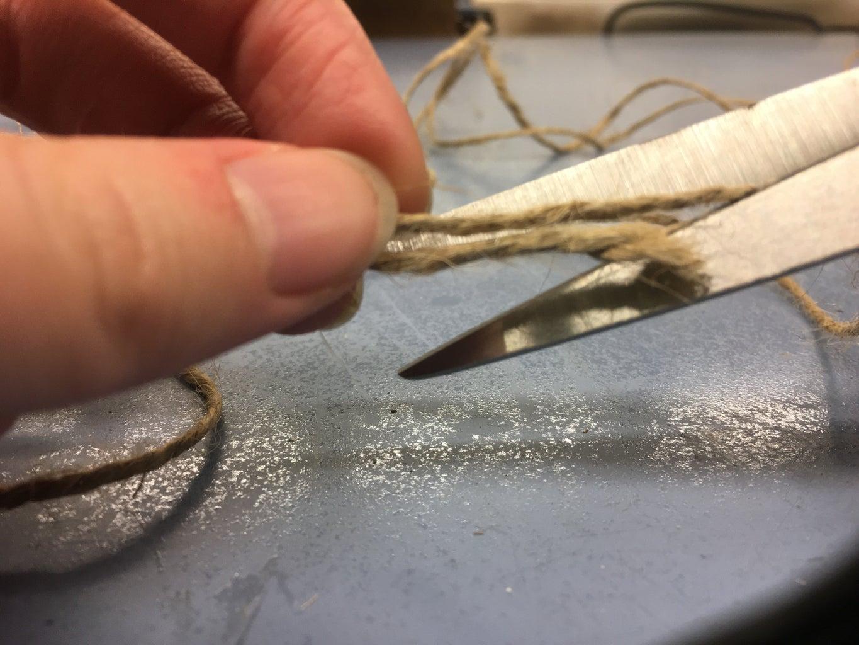 Measure & Cut the Twine