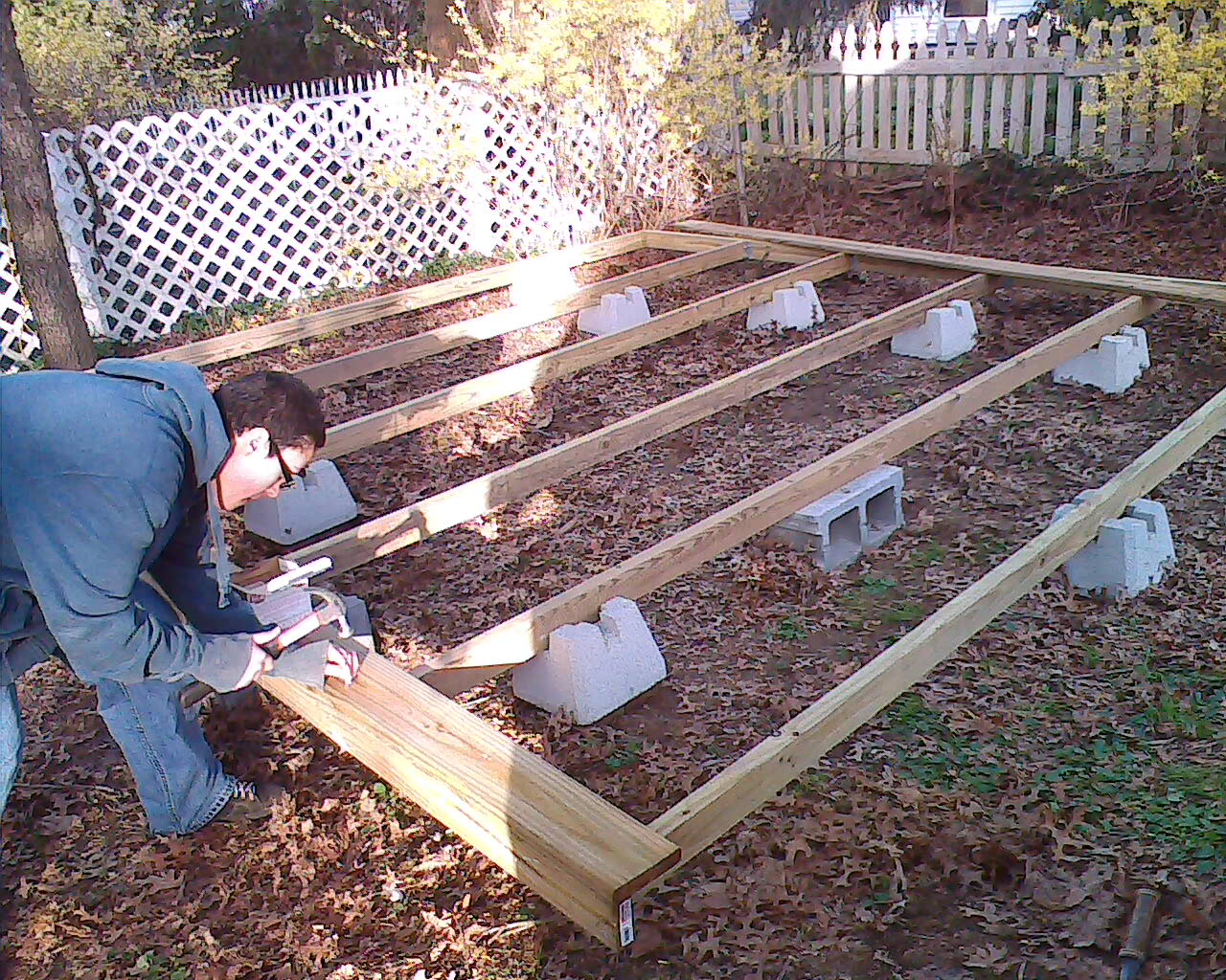 How To Build A Floating Deck 3 Steps, How To Build A Floating Deck Around An Above Ground Pool