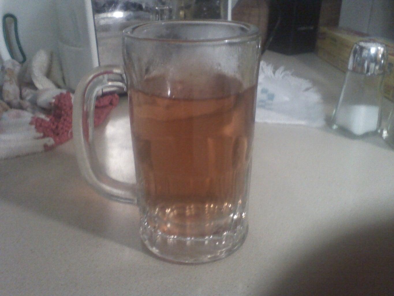 How to Make Sassafras Tea