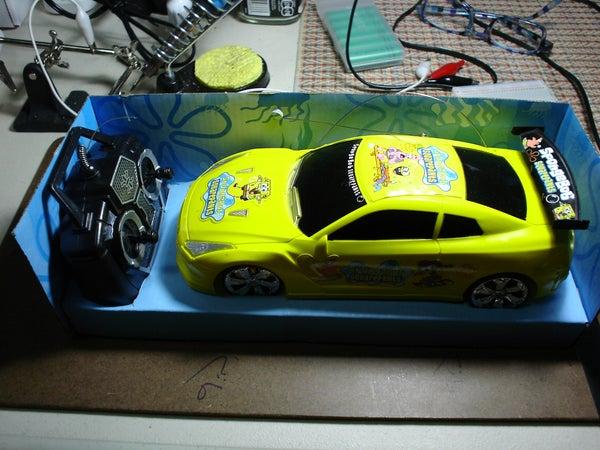 Arduino Controls Cheap RC Car Transmitter