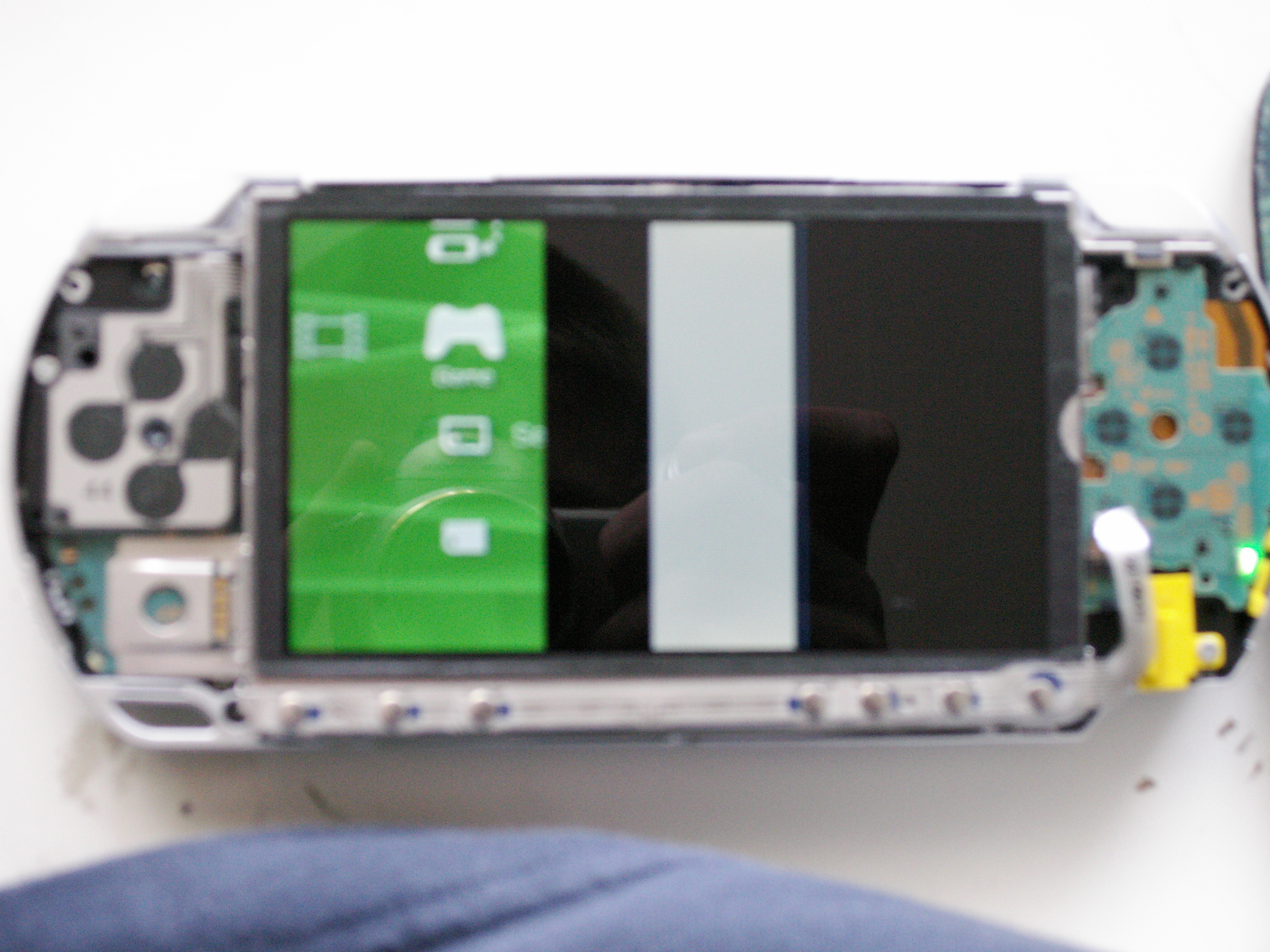 Replacing PSP 1000 Screen