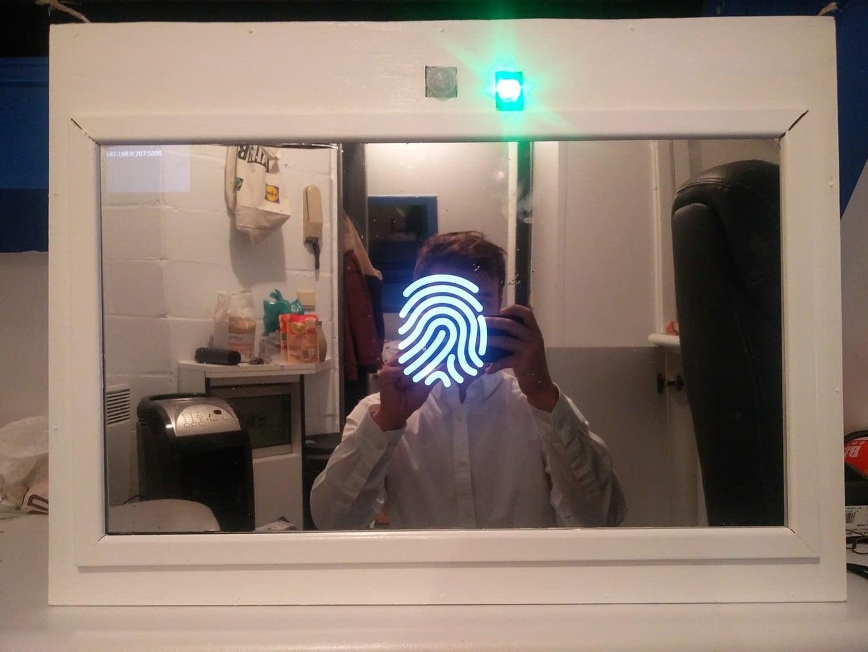 Smart Mirror With Raspberry Pi