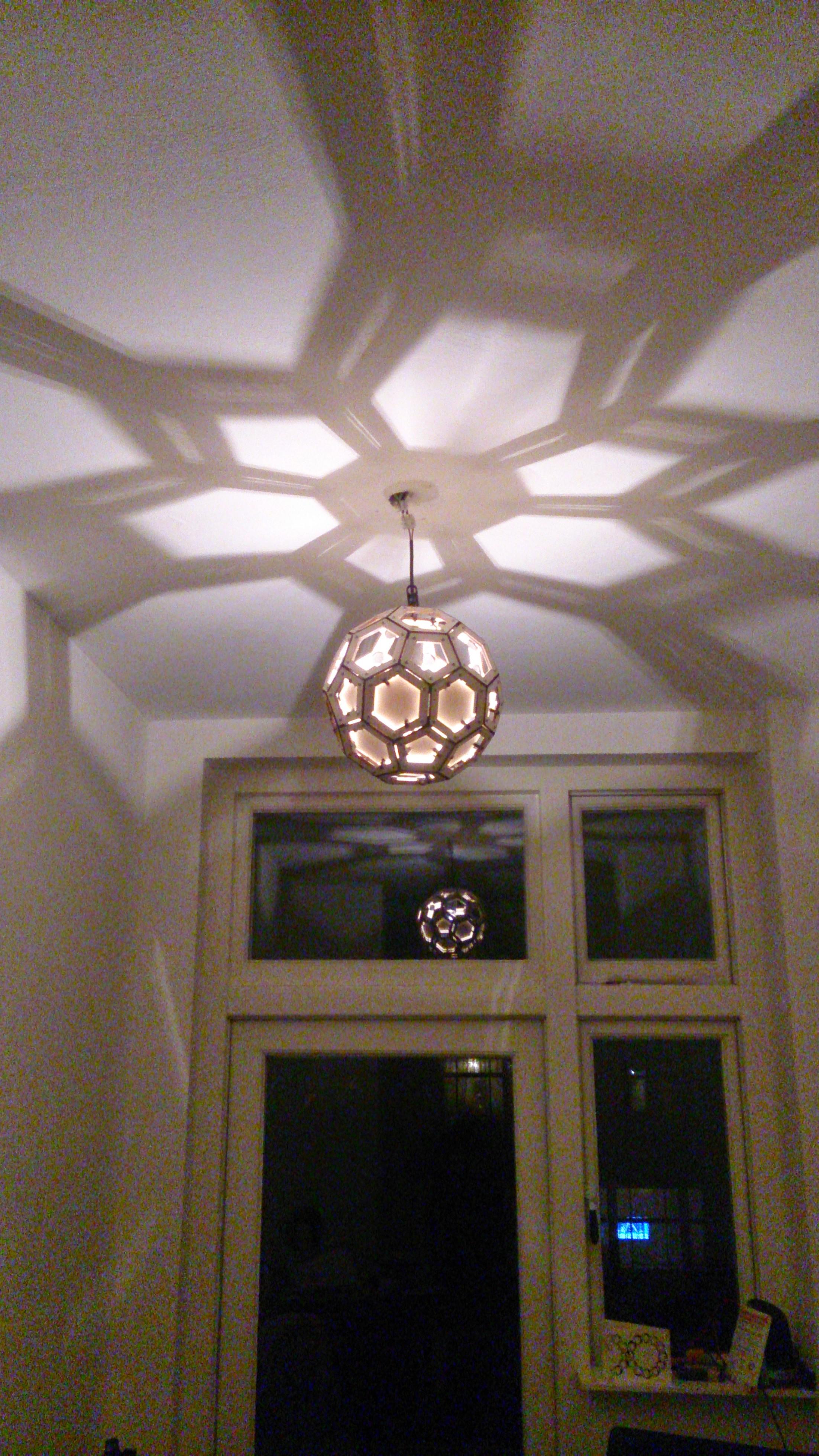 Lasercut and 3d-printed Truncated Icosahedron lamp-shade