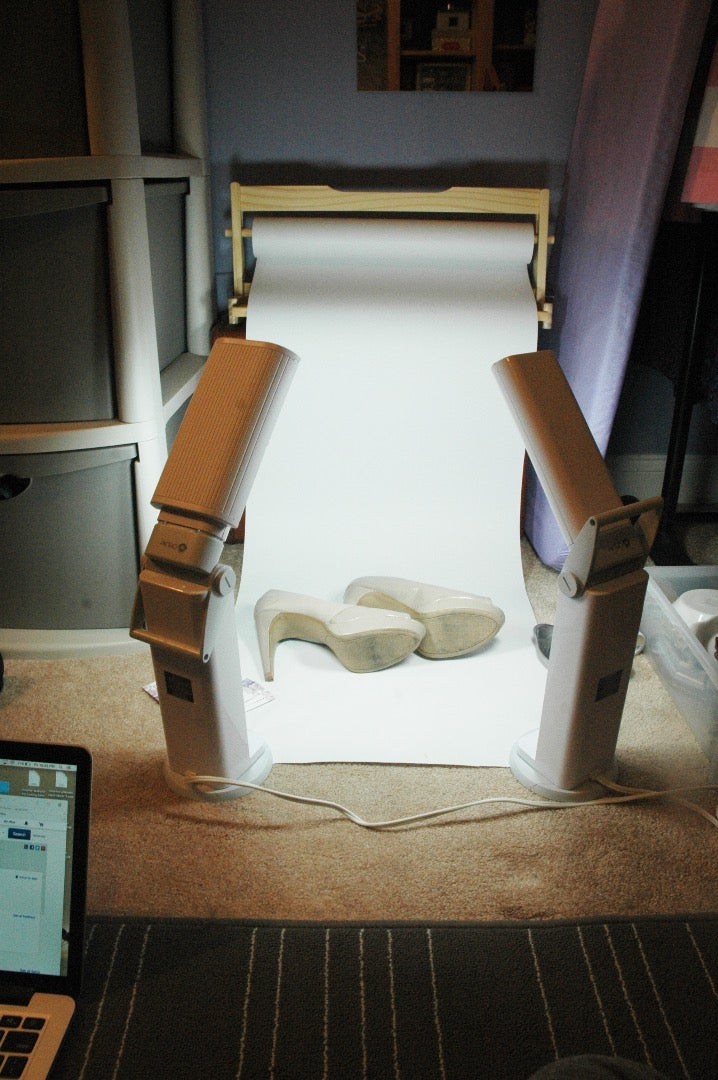 Product Photo Studio & Beautiful Artificial Lighting