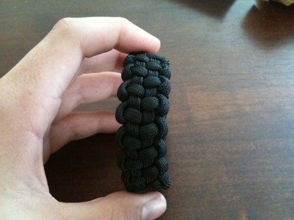 How to Make a Tire Tracks Paracord Bracelet