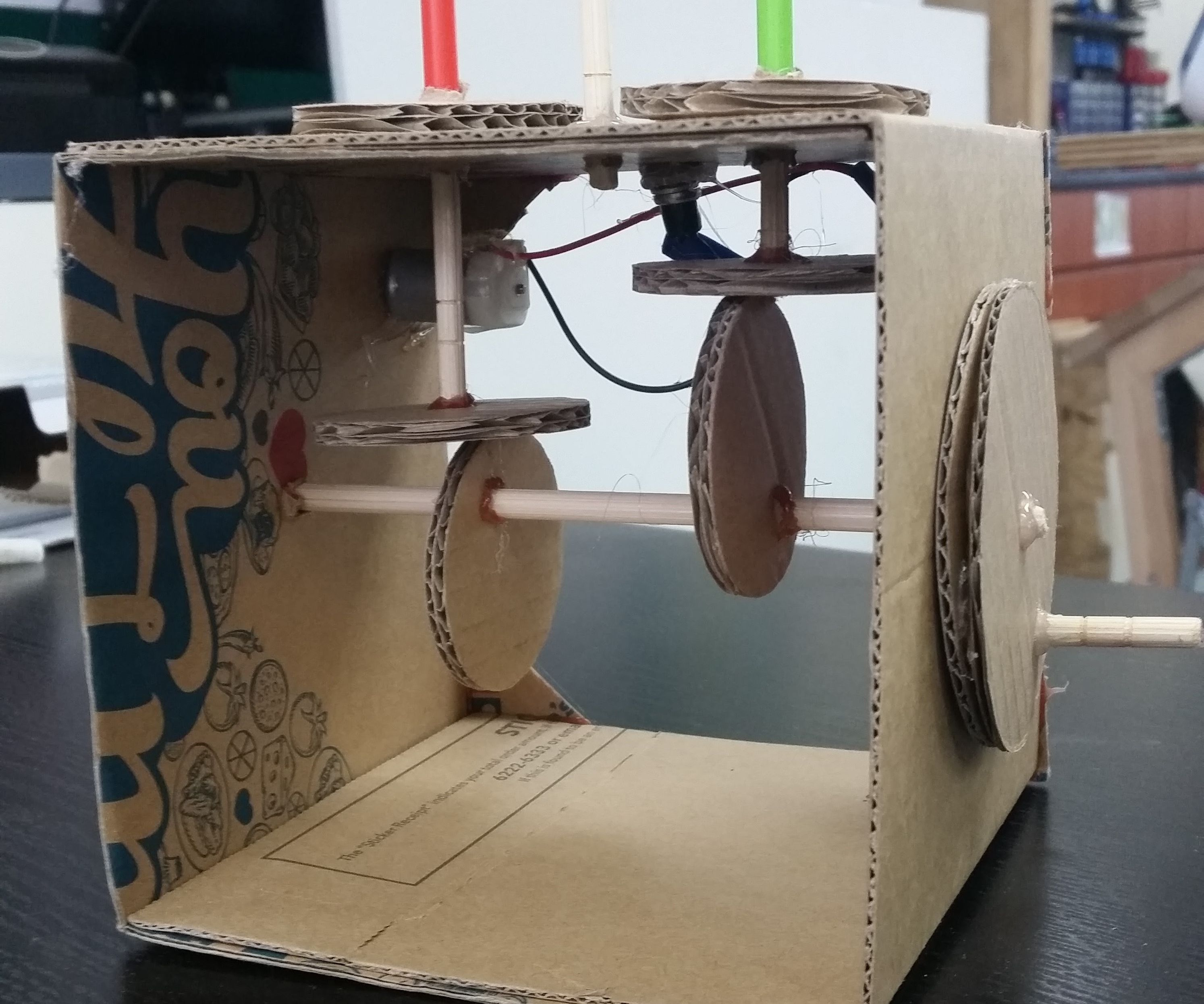 Easy Cardboard Automata Toy With a Motor