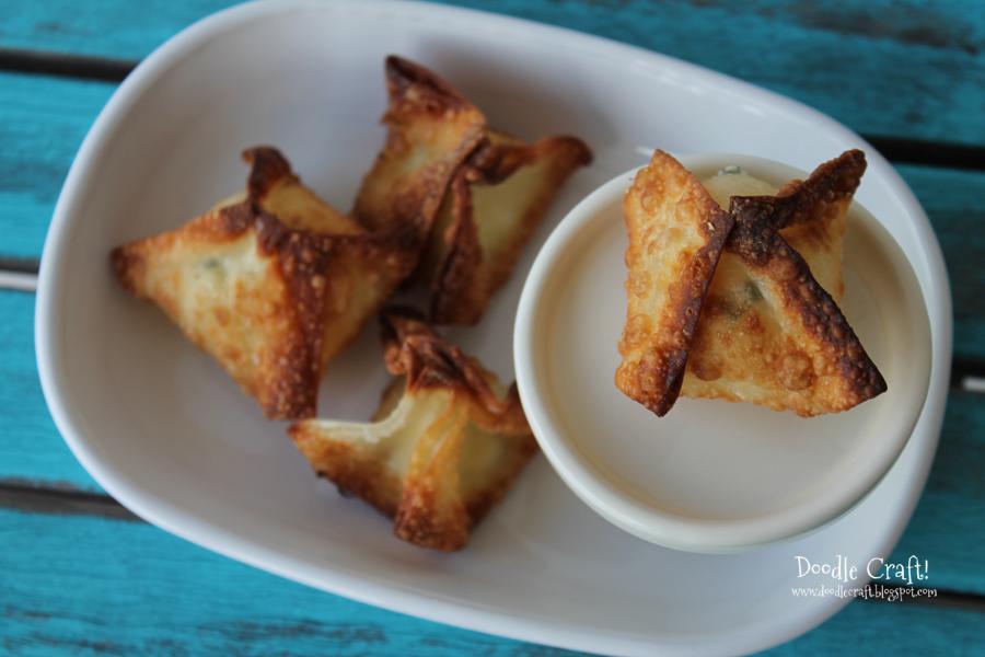 Crispy Cream Cheese and Green Onion Wontons!