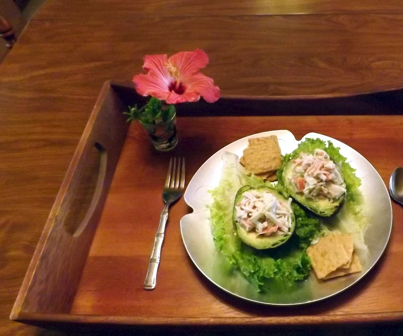AVOCADO WITH SPICY IMITATION CRAB MEAT STUFFING