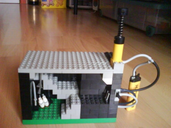 Air Pressure Tank for Lego Out of a Lighter