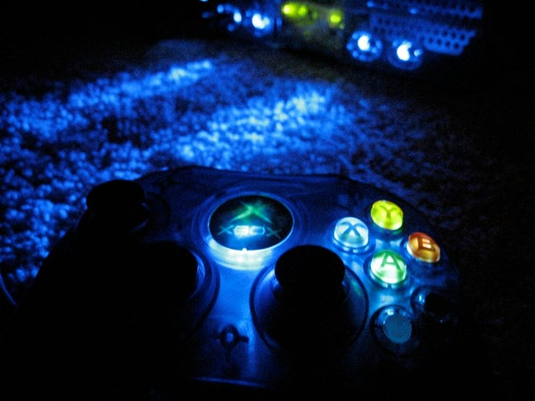 Light Up a Xbox Controller With LEDs
