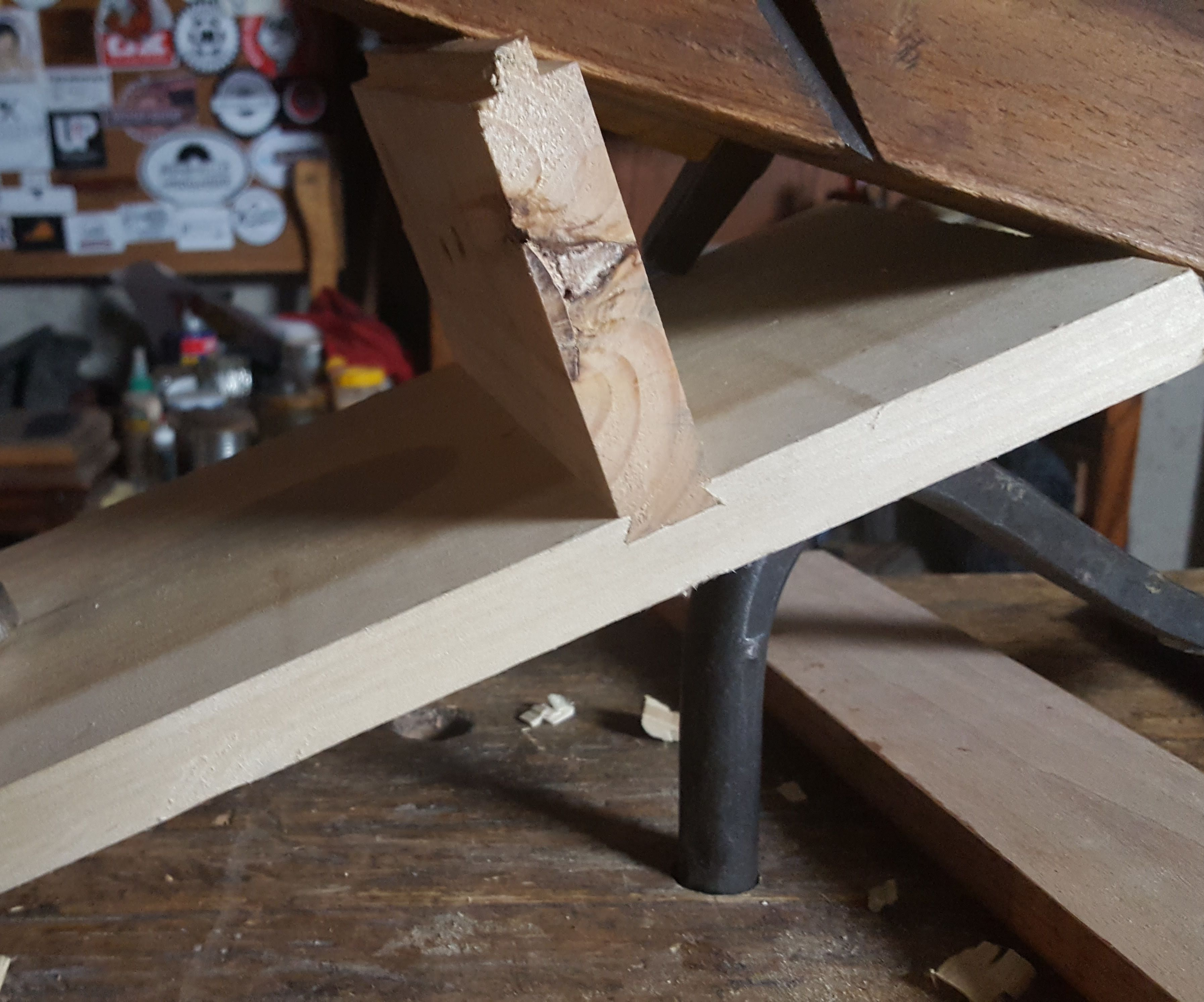 Sliding Dovetail With Hand Tools.