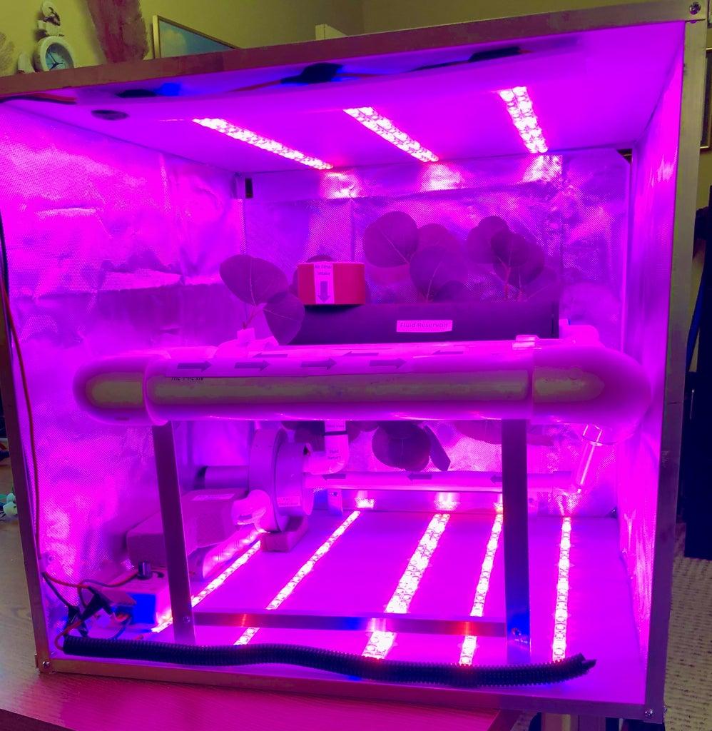 Veggie Hydroponic Grow Box for Micro Gravity