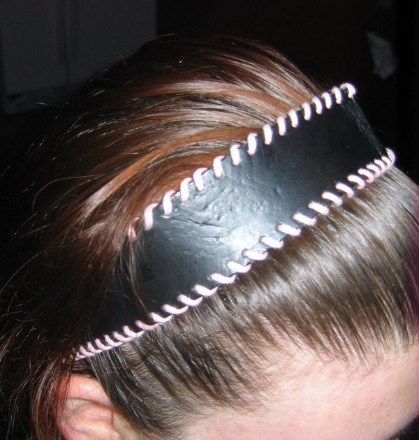 Turn an Old Belt Into a Headband- Quick & Easy!