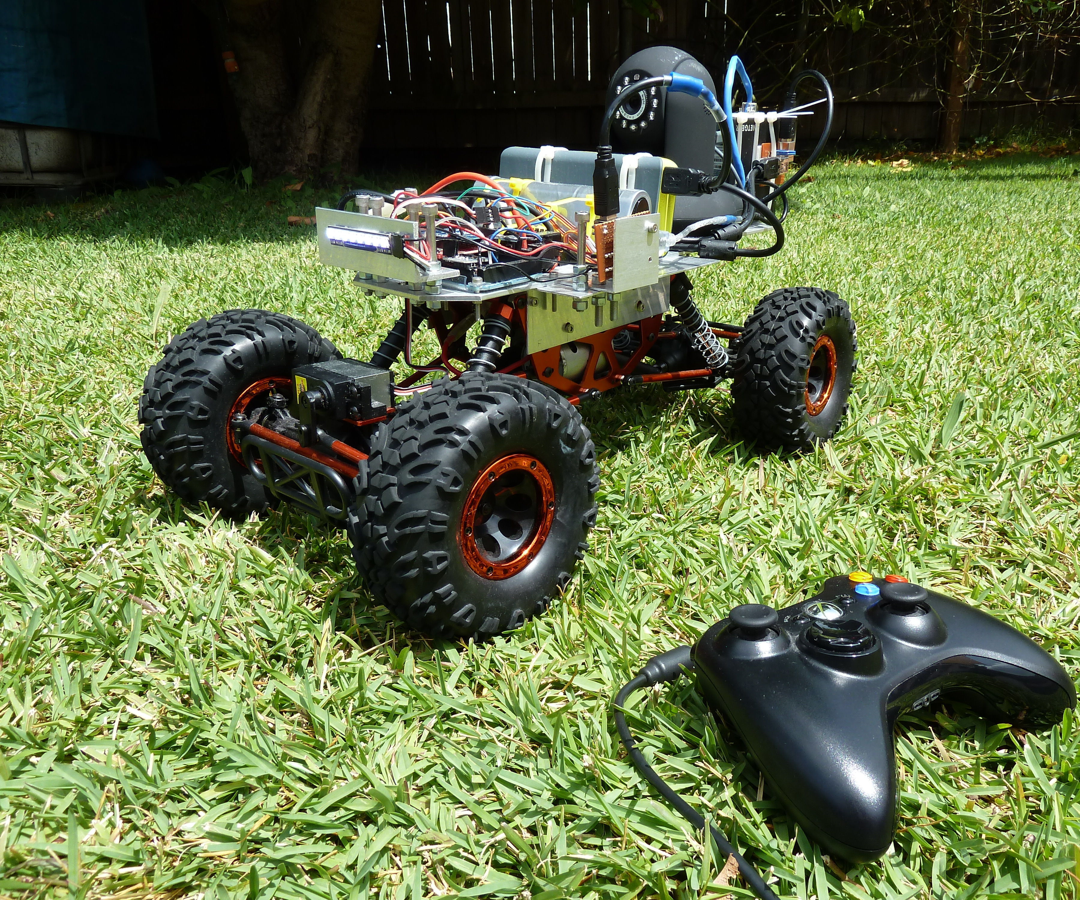Arduino RC Car with FPV Camera