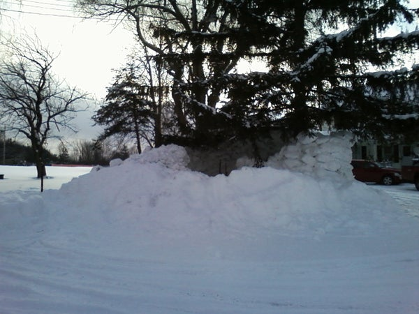 How to Make an Epic, Heated Snowfort
