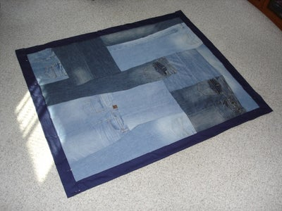 Make Your Old Jeans Into a Quilt!